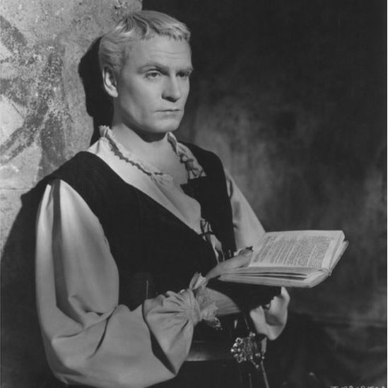 Actor Sir Laurence Olivier as Hamlet in a 1948 version