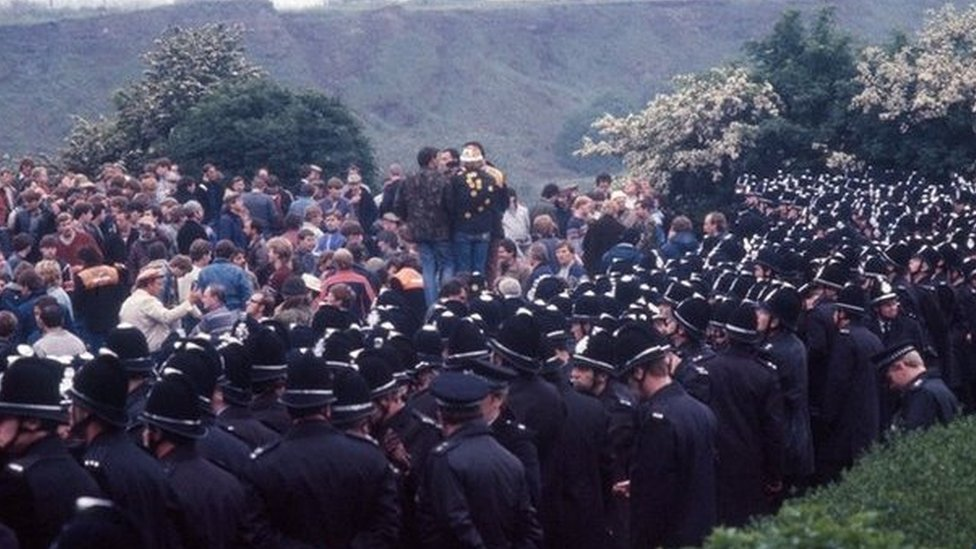 Battle of Orgreave rally: Scores join call for inquiry