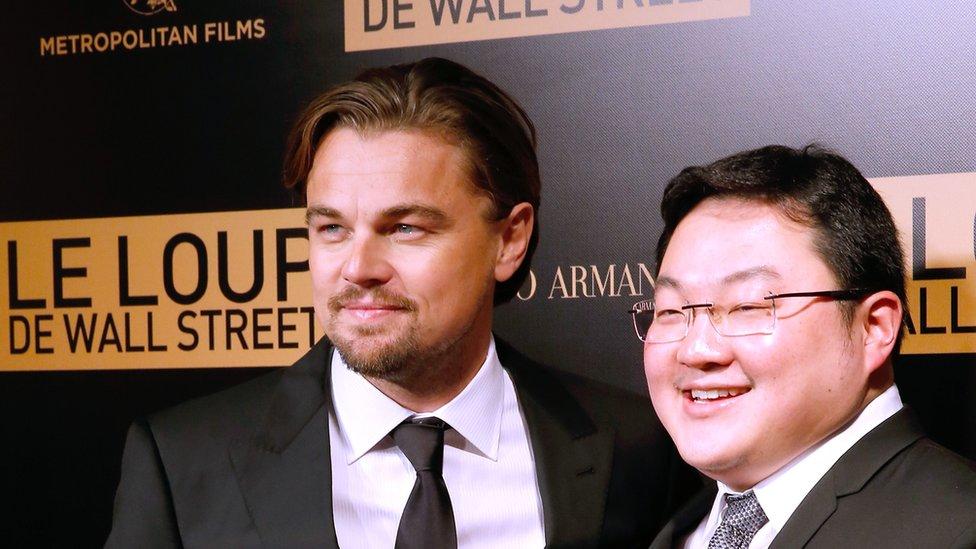 Aktor Leonardo DiCaprio dan Jho Low menghadiri peluncuran perdana film 'The Wolf of Wall Street' pada 9 Desember 2013 di Paris, Perancis.