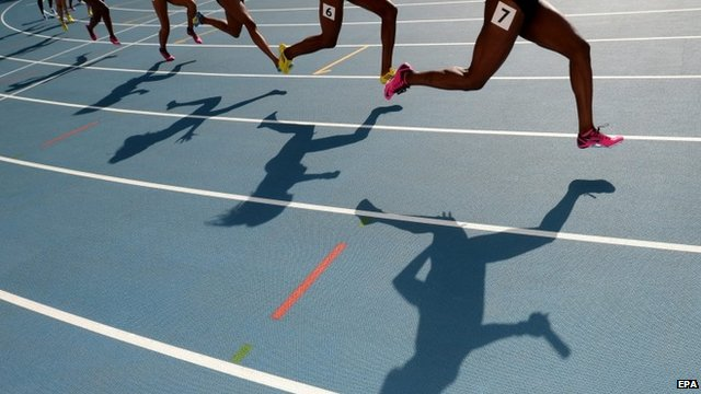 Anonymous athletes on track