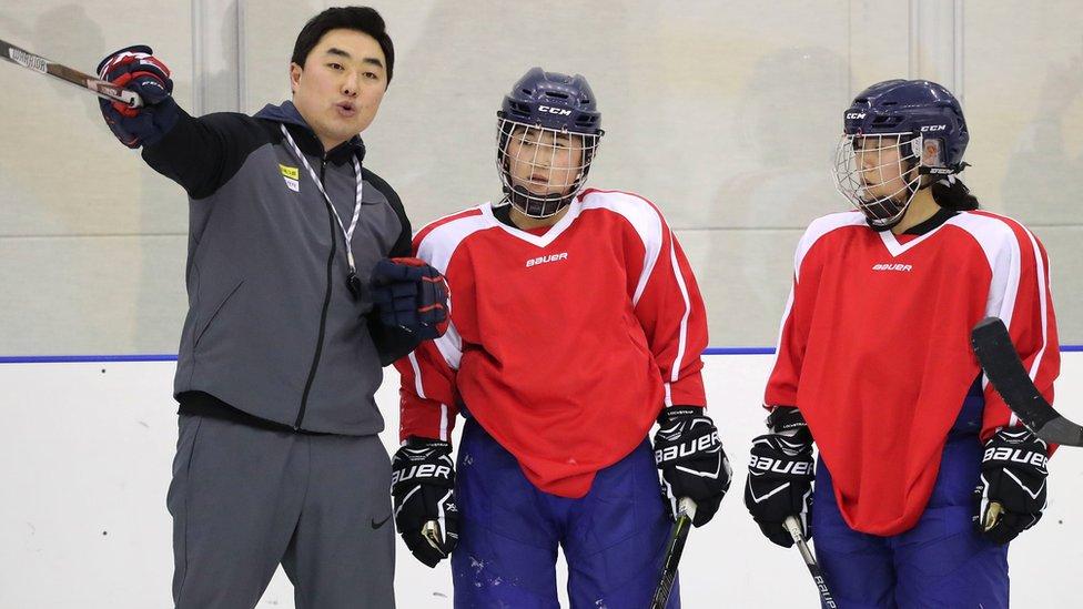 朝鮮隊員和韓國教練
