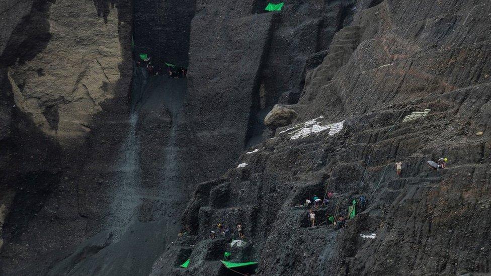 Sakupljači žada u rudnicima