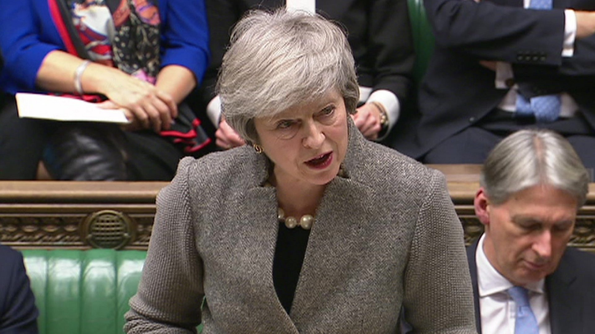 Theresa May sets January date for MPs' Brexit vote