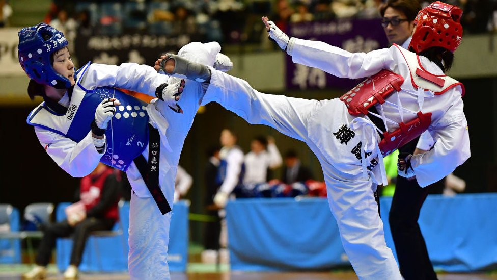 A taekwondo fight