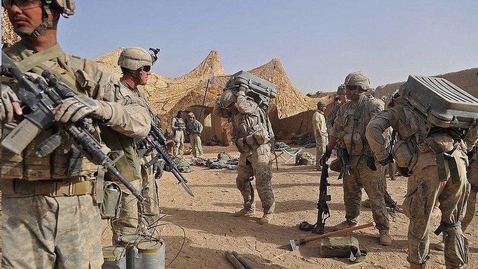 القوات الأمريكية موجودة في أفغانستان منذ عام 2001