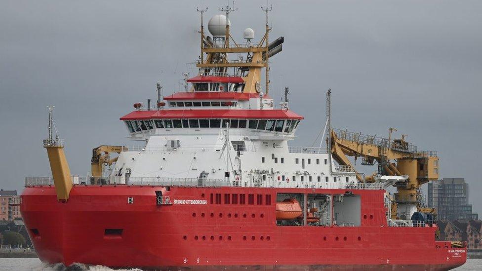 El barco Sir David Attenborough