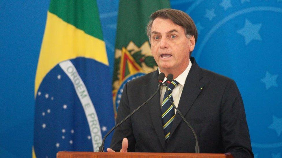 El presidente de Brasil, Jair Bolsonaro, ha visto su popularidad caer a medida que el covid-19 avanza en su país.
