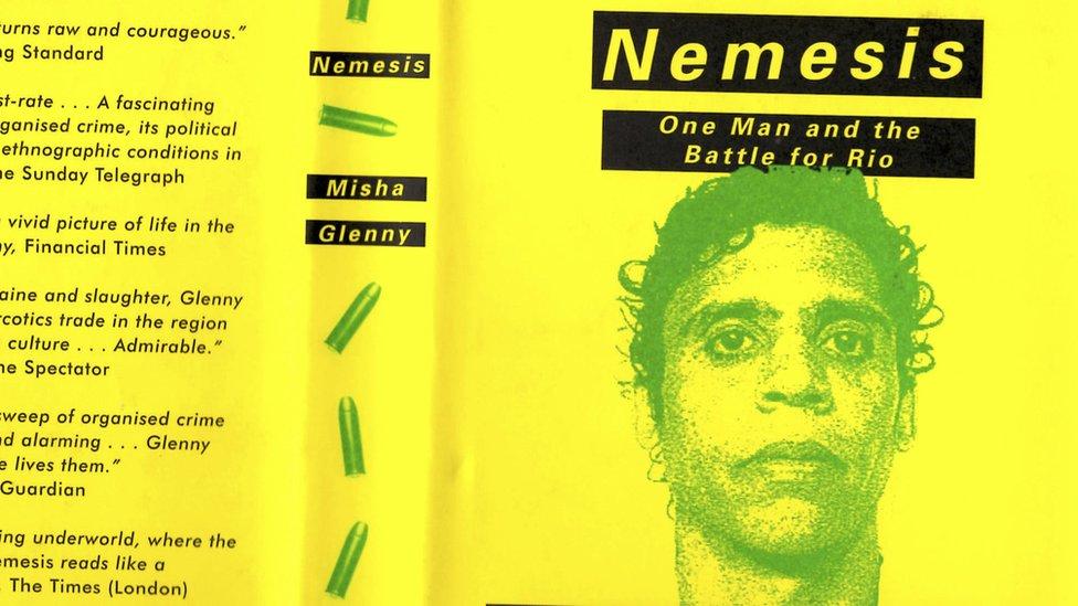 "Libro ""Nemesis"", de Misha Glenny"