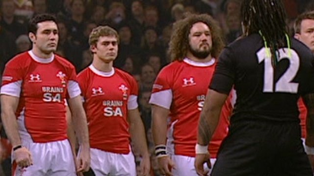 Wales stare down the haka in 2008