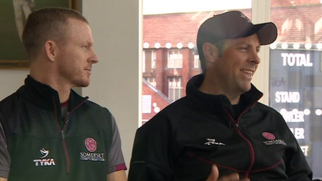 Chris Rogers (left) and Marcus Trescothick
