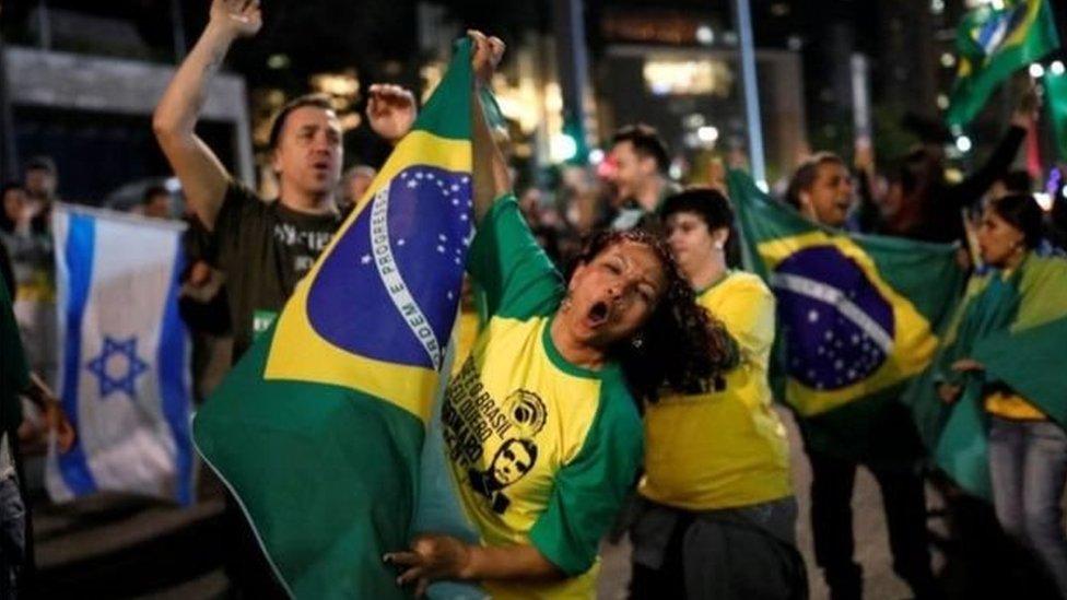 احتفالات في البرازيل احتفالاً بفوز بولسونارو