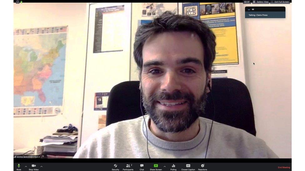 Profesor Enrico Lavezzo en videollamada desde Padua, Italia.