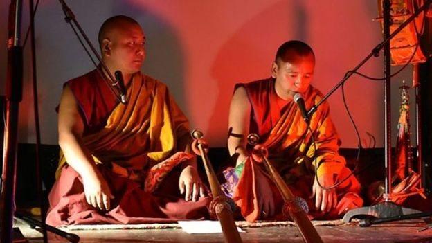 البوذية