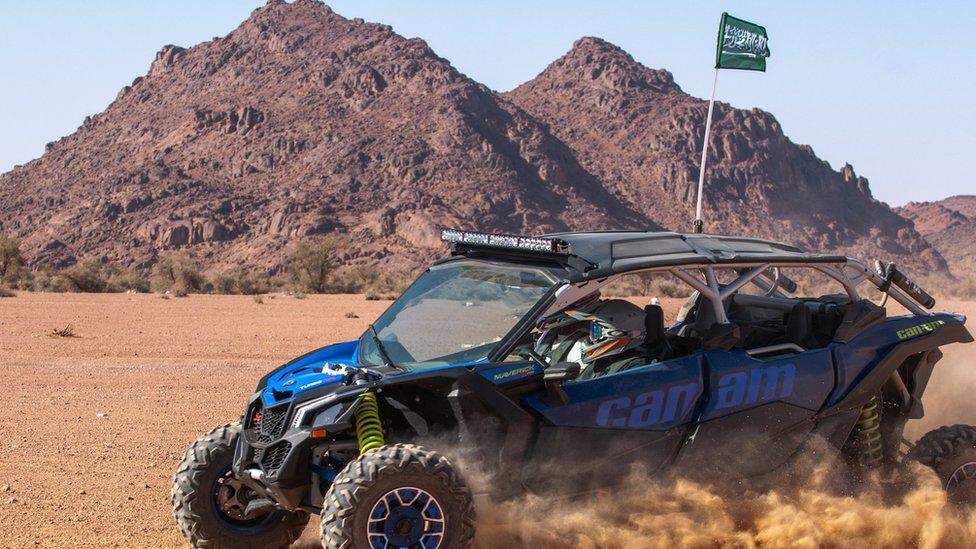 سباق السيارات تجربة فريدة تخوضها المرأة السعودية
