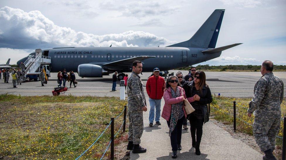 Familiares de los pasajeros del Hércules C-130