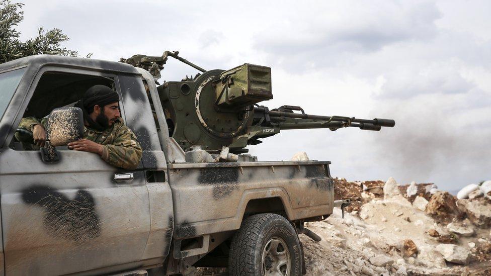 İdlib'deki ÖSO çatısı altındaki bir grubun mensupları