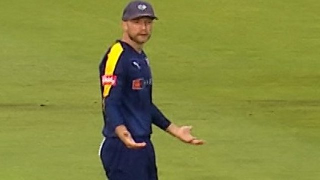 Lancashire Lightning v Yorkshire Vikings: Liam Livingstone survives scare after miscommunication in the field