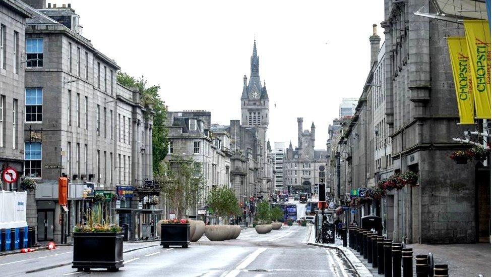 Deserted Union Street