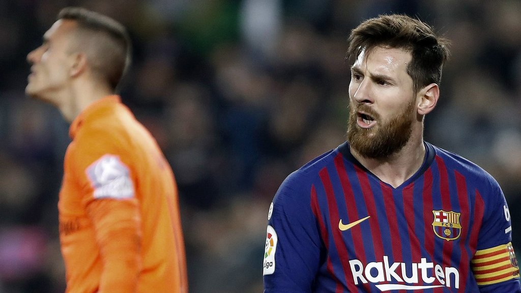 Barcelona 1-0 Real Valladolid: Lionel Messi scores one penalty but misses another