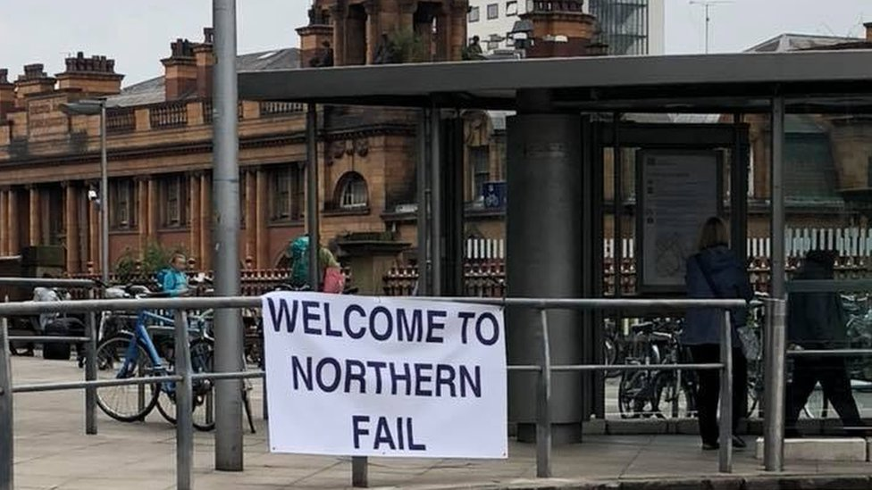 Northern: Leaves and strikes behind rising rail delays