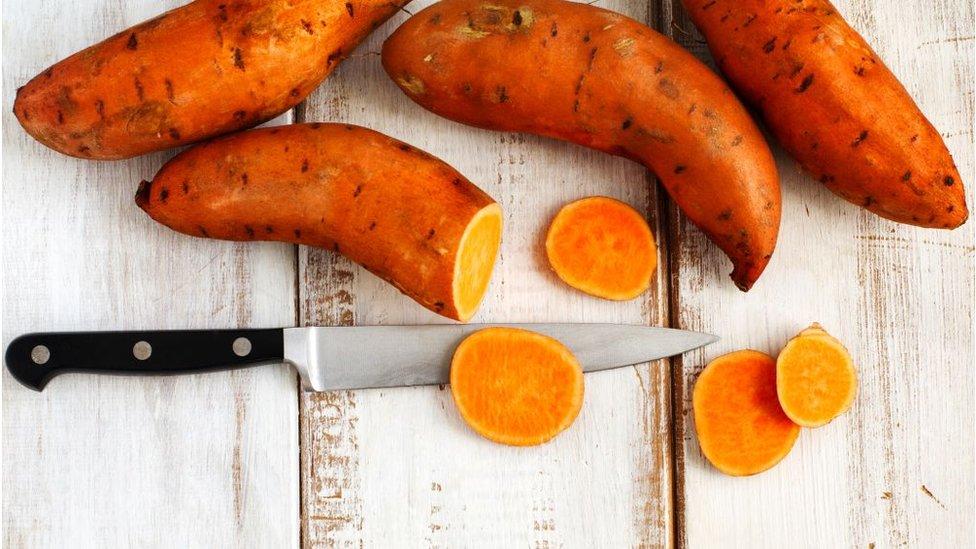 DERGİ - Uzun ve sağlıklı yaşamın sırrı bol karbonhidrat ve az protein mi?