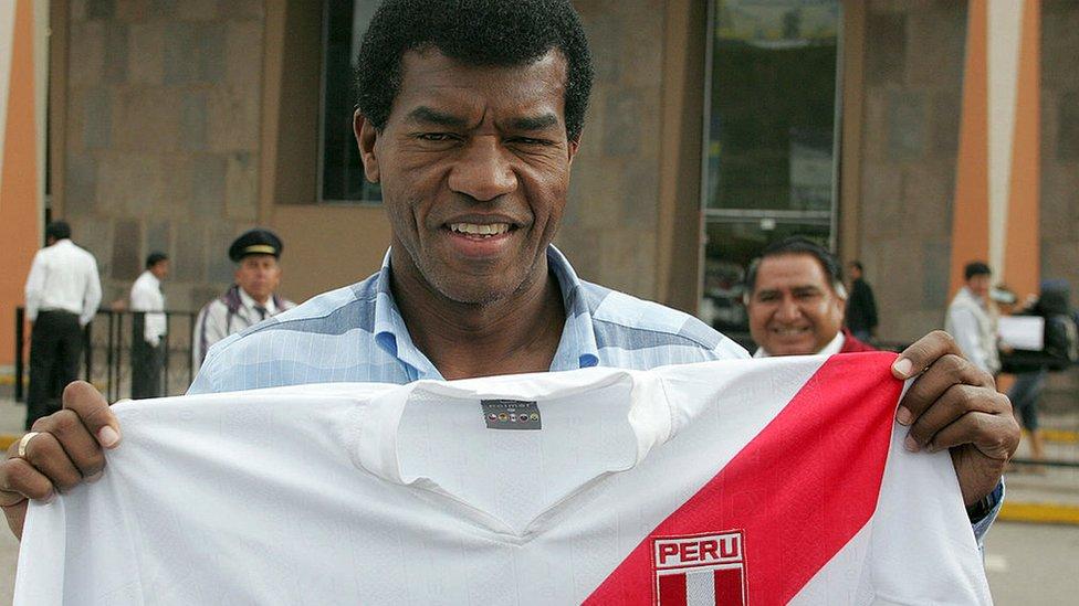 El técnico de la selección peruana de fútbol