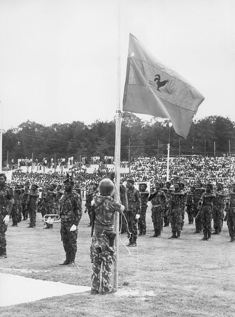 Angola independence 1975