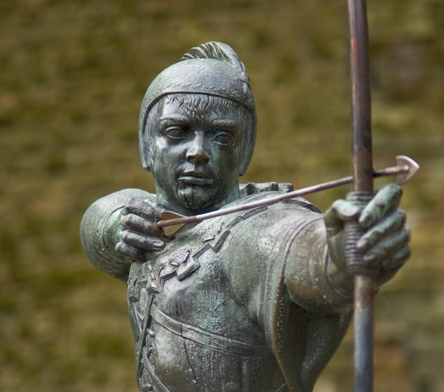 Statue of Robin Hood in Nottingham