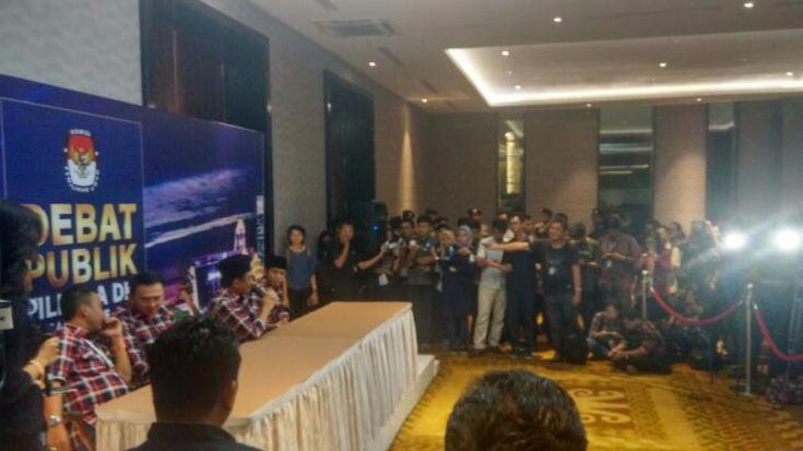 Pilkada Jakarta Debat Terakhir Ahok Dan Anies Antiklimaks Bbc
