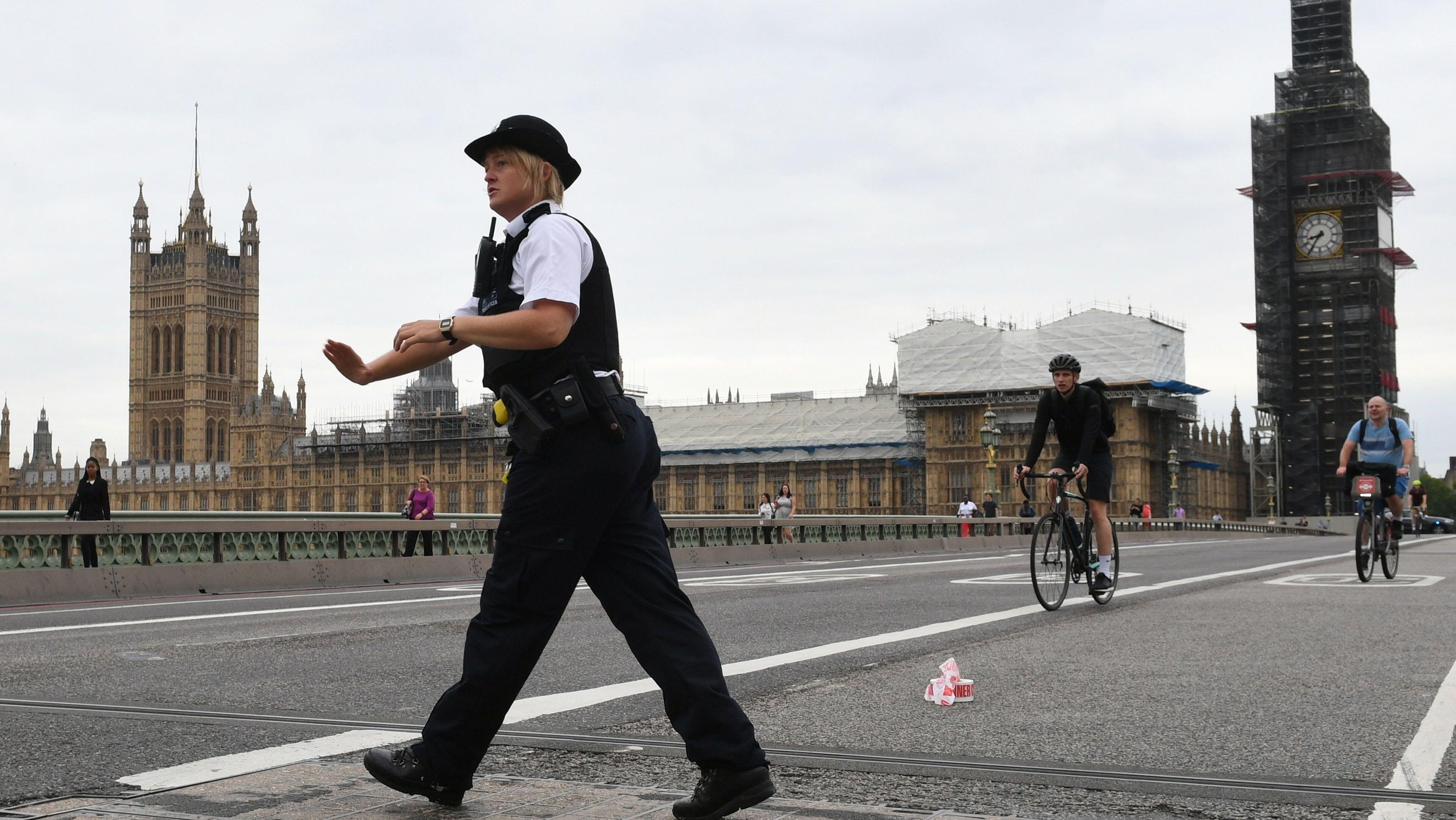 westminster car crash: latest updates - bbc news
