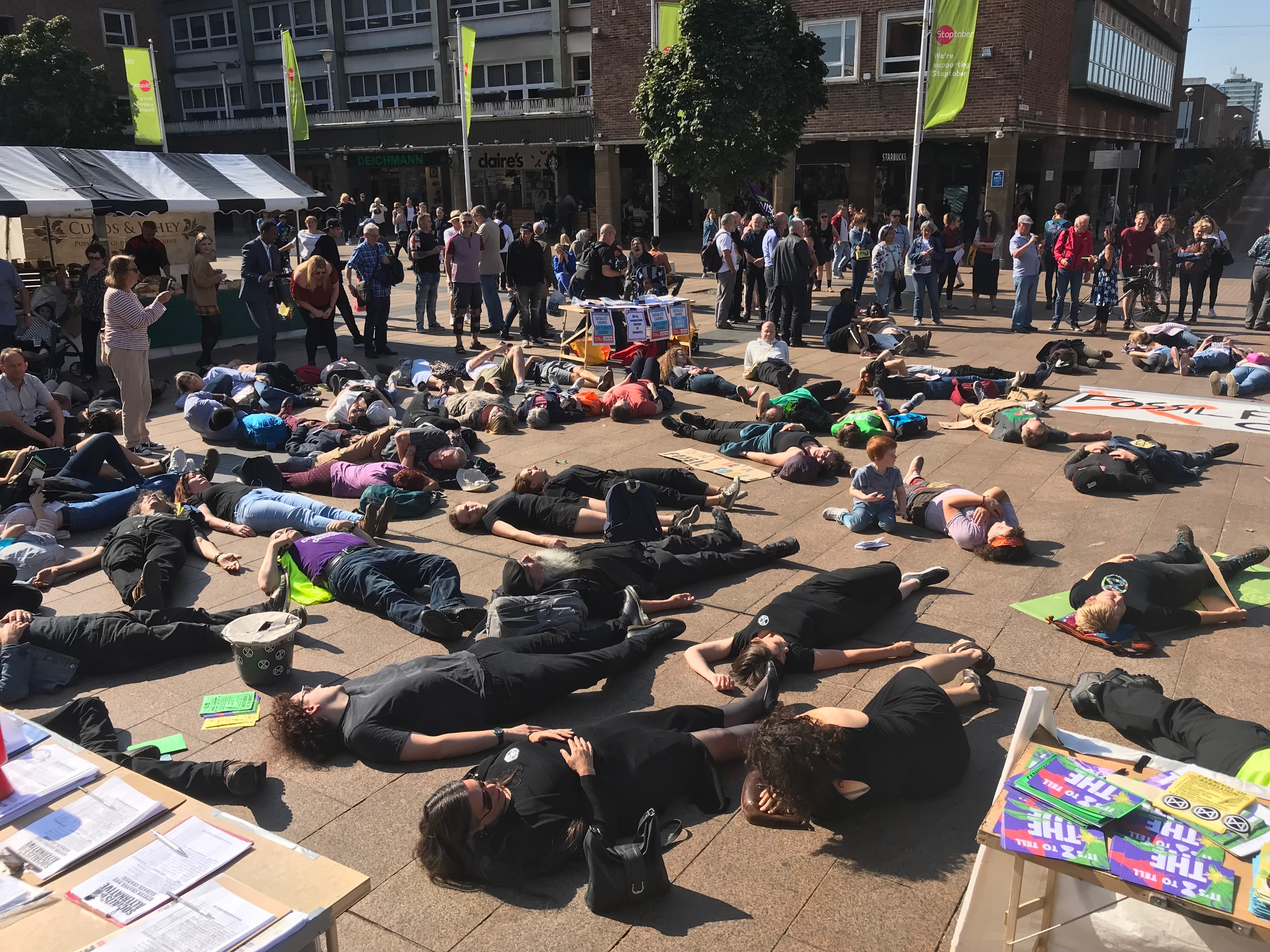 Climate change protesters in 'die-in'