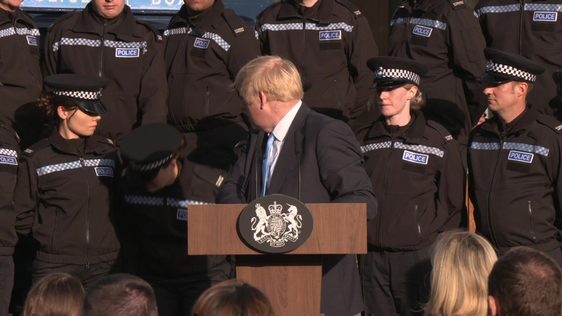 PM 'so sorry' as officer forced to take a seat