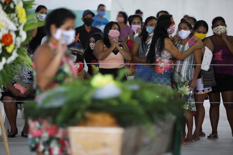 Coronavirus updates: Global death toll passes 300,000 as it happened - BBC  News